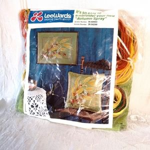 Lee Wards Other - 1974 New Embroidery Crosstitch Pillow Set Kit
